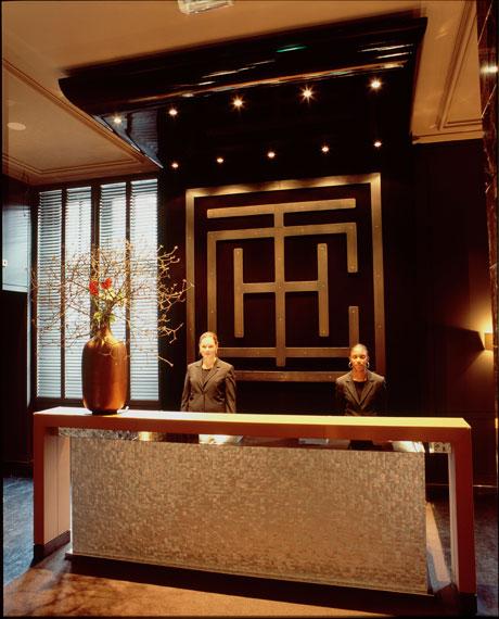Amsterdam College Hotel Front Desk