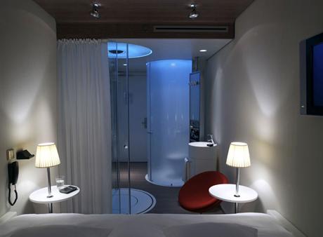 Citizen-M-Hotel-Amsterdam-Airport-Schiphol-Room-3