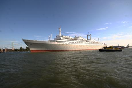 SS-Rotterdam-Back-in-Rotterdam-07