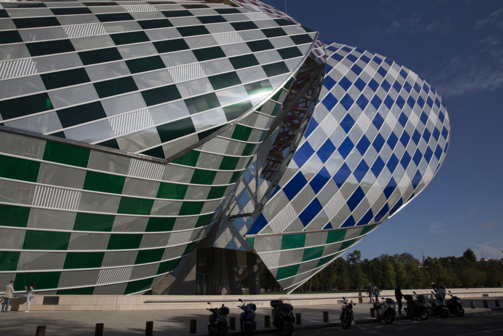 Louis Vuiton Foundation by Frank Gehry