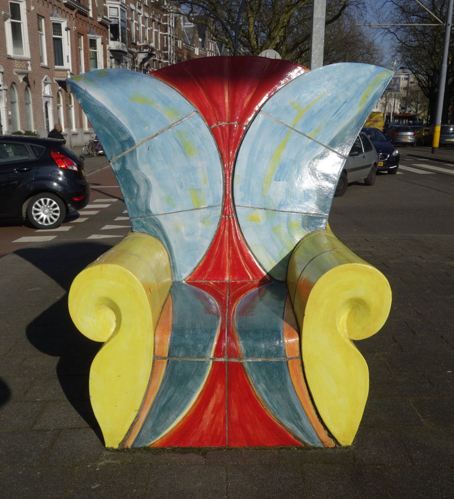 Another Ceramic Streetchair in Rotterdam