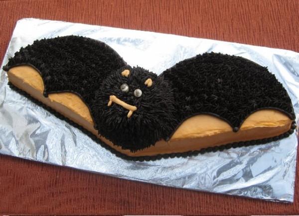 Halloween Vampire Bat Cake