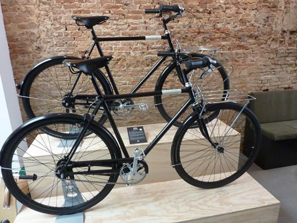 Lola-Bikes-and-Coffee-P1040335