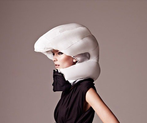 The-Invisible-Bicycle-Helmet-Hövding